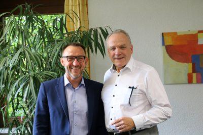 Bürgermeister Matthias Graut und Martin Grath